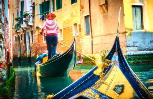 В Венеции запретили велосипеды. Вообще