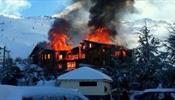 Какой отель сожгли туристы из России
