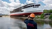 На воду спустили первый российский круизный лайнер