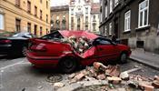 После землетрясения улицы столицы Хорватии завалены камнями