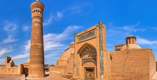 Не по избитым местам, а в рекламный тур в Узбекистан
