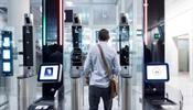 За границу россиян выпустит автомат