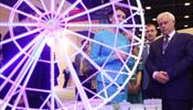 Губернатора С-Петербурга соблазняли гигантским «Петро Глазом»