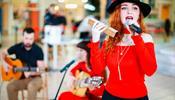 «День Испании» отметили в С-Петербурге – в ТРК «Гранд Каньон»