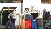 Не выселять туристов «Версы» в С-Петербурге