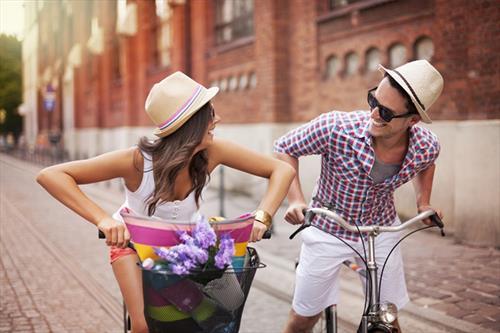 Свежий воздух и море места для общения – на велофестивале в С-Петербурге