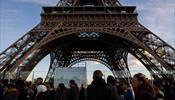 Эйфелеву башню и Лувр тоже закроют