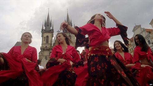 Джипси-джаз и балканские ритмы наполнят Прагу