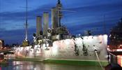 Световой батл, смотр строя и песни и крейсер «Аврора»