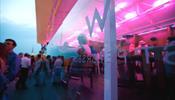 Череда вечеринок на крыше W St. Petersburg