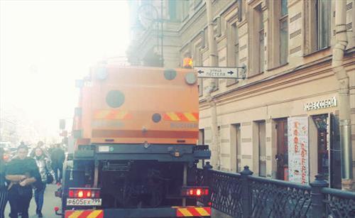 С-Петербург хорошеет … благодаря Собянину и москвичам
