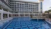 ANEX Tour пришлось искать туристам другой отель в Анталье