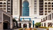 Бирюзовые воды отеля Ajman Saray, A Luxury Collection 5*