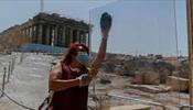 Греция собирается начать принимать российских туристов
