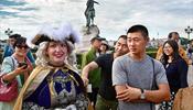 Нелегальные китайские гиды обирают своих же туристов