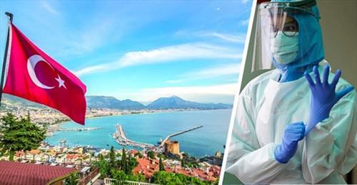 Туристы из Казахстана прихватили в Турцию «корону»
