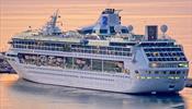 Royal Caribbean избавляется от круизного лайнера