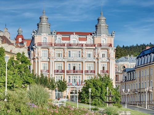 Новые номера SUPERIOR PLUS в Hvézda Ensana Health Spa Hotel в Марианске Лазне