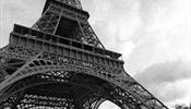 Эйфелева башня вновь закрылась